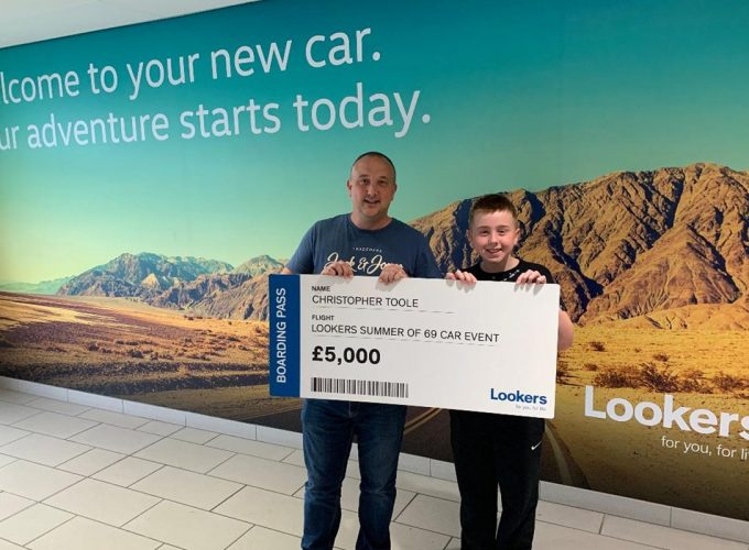 Motor customers return from holiday to £5,000 prize